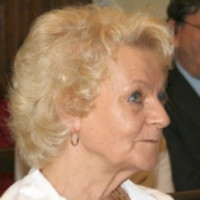 Frau Angelika Wank