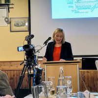 Doris Rauscher (MdL) würdigt die vielen Ehrenamtlichen